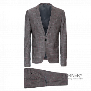 Cornery Squared Suit