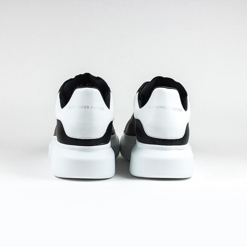 Кроссовки Alexander Mcqueen Raised Sole Low Top Black White Tab Sneaker
