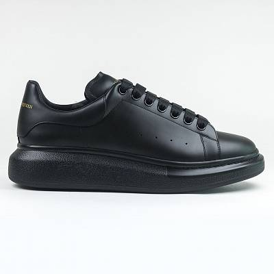 Кроссовки Alexander Mcqueen Raised Sole Low Top Triple Black Sneaker